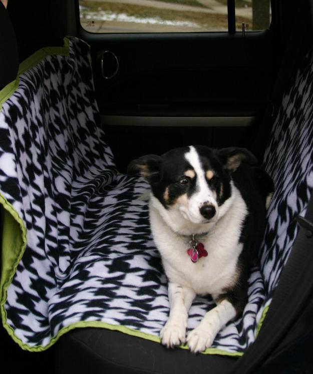 22. Make your own hammock-style car seat cover. The hammock style keeps the dog from getting hurt if he or she falls during any sudden stops or starts. Get the pattern here. http://ex-scapes.com/2011/11/09/sewing-tutorial-car-seat-cover-for-your-dog/