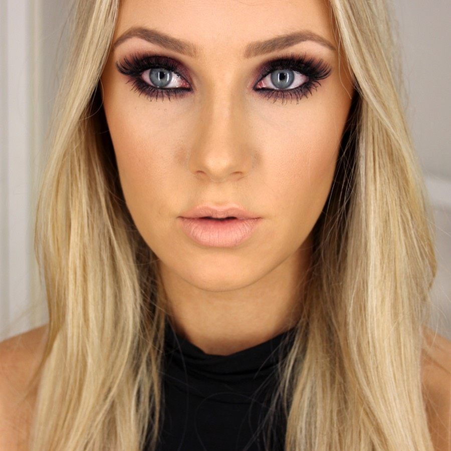 Lauren Curtis, amazing tutorials for almost every look and very active on YouTube meaning there are constantly new videos