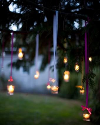 A cute idea for an outdoor event or even just for a relaxation area outdoors (: Remember to like it if you save it and check out some of my other tips as well (: