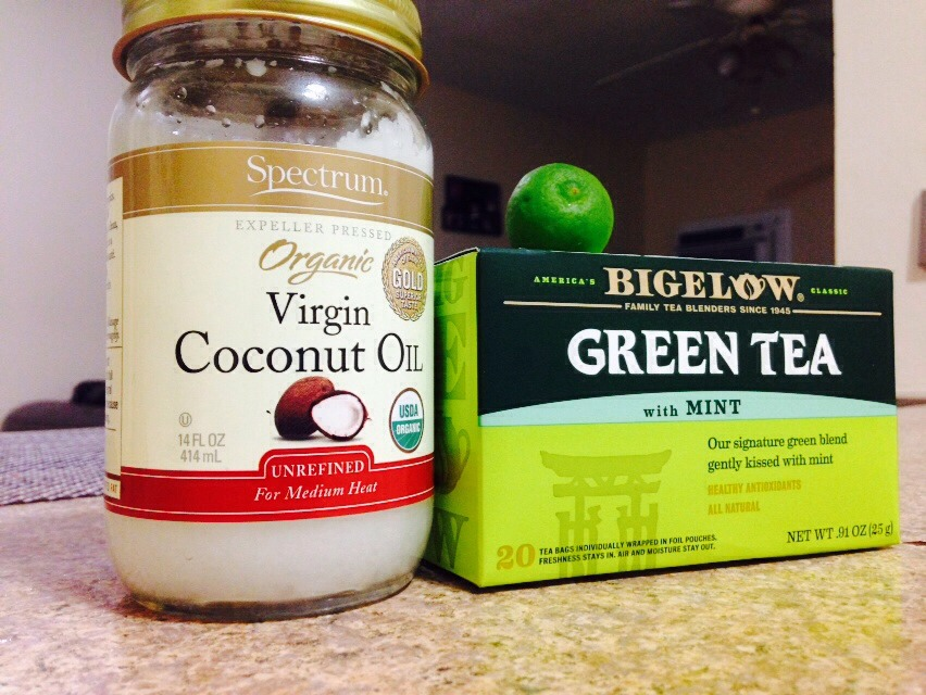 Let's talk about tea okay so tea is already a great drink to help lose weight but by adding this two more ingredients will give it a more affected boost coconut oil and limon yes it works even better 😉