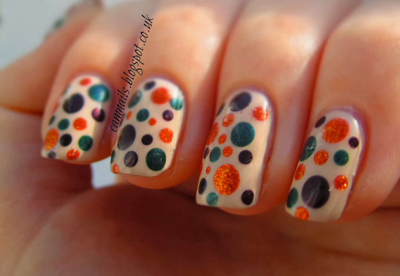 The dotty nail is the ultimate simple nail design and you can't go wrong with it! Enjoy these simple ways to achieve this fantastic look, effort free!