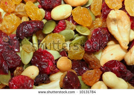 Ingredients ½ cup unsalted silvered almonds 3 cups whole grain unsweetened cereal (Can mix cereals) 1 cup unsalted, dry roasted soy nuts 1 cup unsalted, dry roasted peanuts ½ cup dried cranberries ½ cup seedless raisins ---->>>