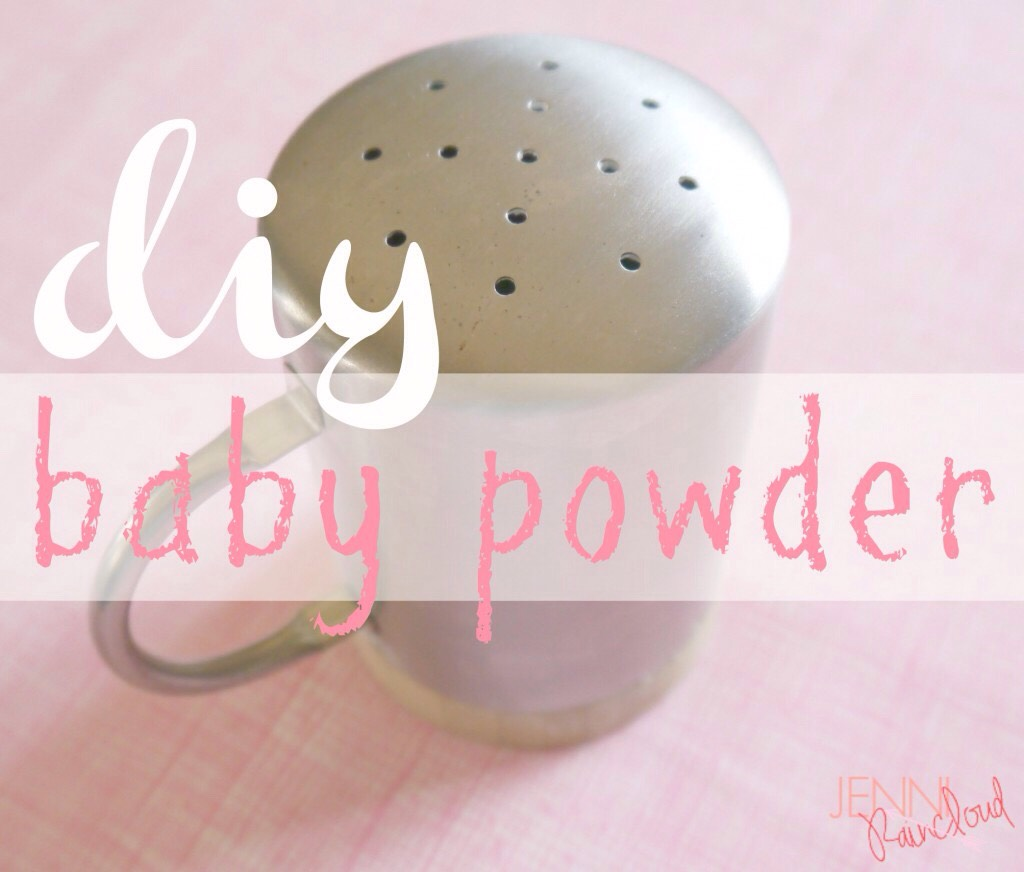 Baby powder has fallen out of favor in recent years due to it's main ingredient, talc, being listed as a possible carcinogen. Many commercial baby powders contain synthetic fragrances that can irritate their sensitive skin. Does this leave you wishing for an alternative?