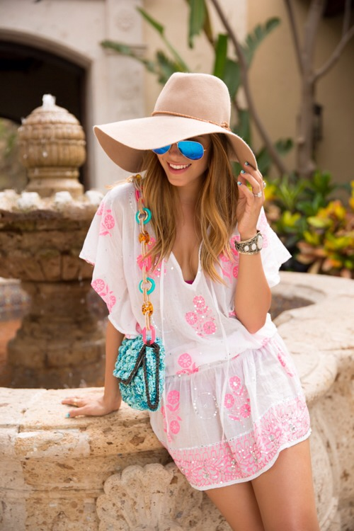 4. Going to be by the beach all day? A large floppy hat looks so good with a cute cover-up and your bathing suit.