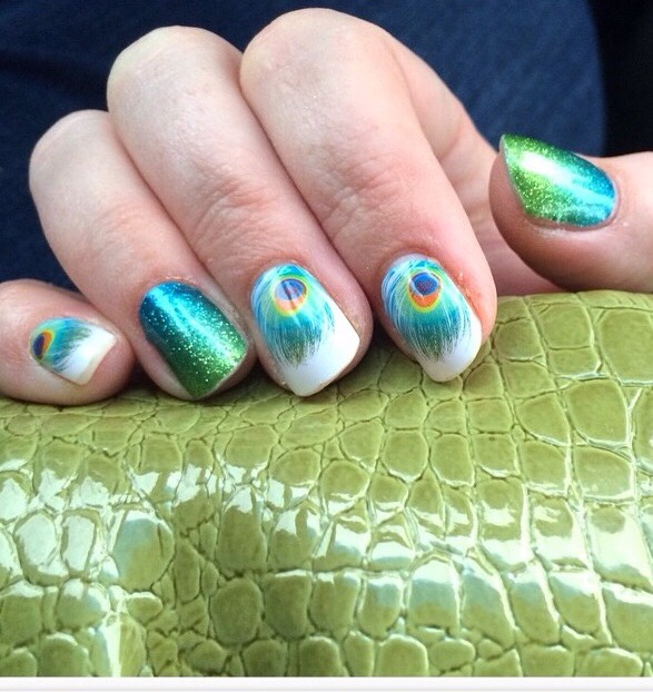 """When you can apply Jamberry's """"Shake your tail feather"""" in minutes with no dry time!!!"""