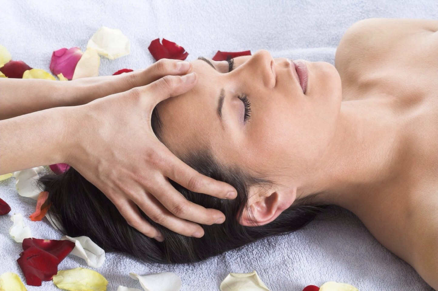Head massages help promote blood flow to the head which helps to stimulate hair follicles and promotes hair growth! Massage your head every night and after hair washing.