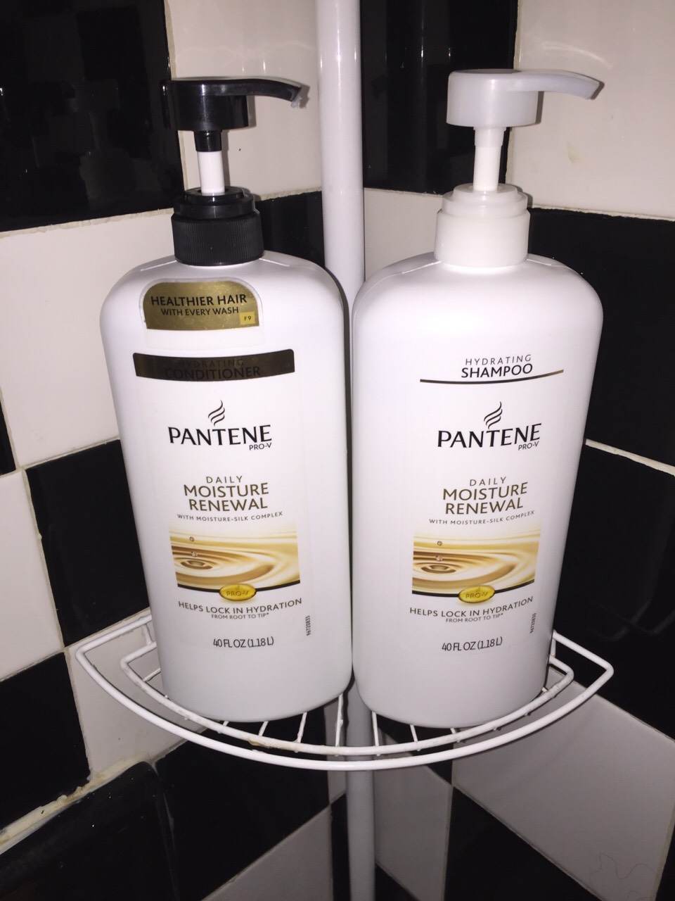 If you were wondering, this is the shampoo and conditioner I use.