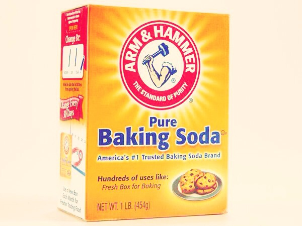 Use a tablespoon of baking soda in your washing machine instead of your usual softener. Your laundry will come out soft and fresh.