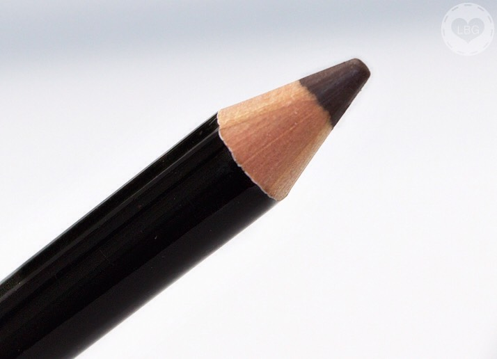 Fill in your eyebrows. I tend to use powder and a flat skinny brush to fill them in because if it's a pencil I usually push to hard.