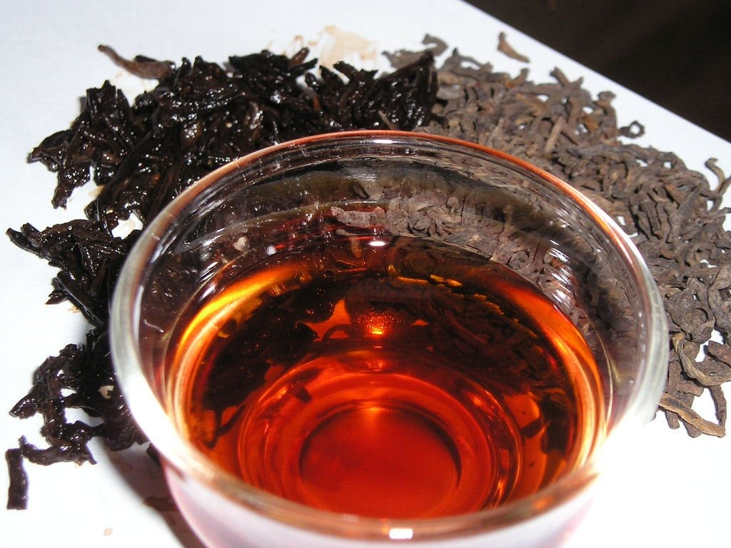 Black tea keeps you stimulated and keeps you wide awake, with no has caffeine's.