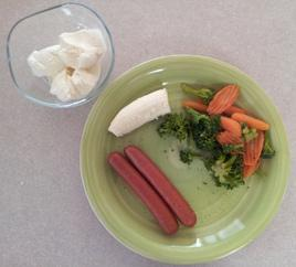 "Day 2 Dinner:      (2) hot dogs ""WITHOUT the buns""     (350 calories)     (1) cup of broccoli (54 calories)     (1/2) cup carrots (41 calories)     (1/2) banana (53 calories)     (1/2) cup of vanilla ice cream     (144 calories)"