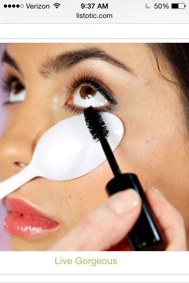 Use a plastic spoon to easily apply mascara on bottom lashes without getting on skin! Also help getting a thicker coat!