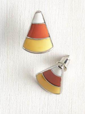 Favorite Favor Earrings I'm going to be honest: I think that candy corn is garbage. But, I can't deny that it's aesthetically pleasing! Treat your ears with 'em! Buy it at Mod Cloth for $9.99