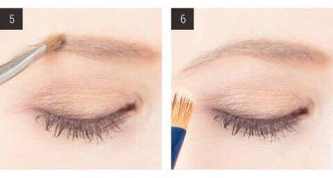 5. Apply brow powder to fill in your eyebrow. With the same slant-tip brush you've been using and a brow powder that's one shade lighter than your hairs, comb through your brows using backward and then forward strokes to diffuse the brow powder. 6. Clean the edges above and below the brow.