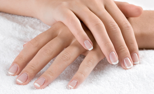 grow your nails easily with this tip!