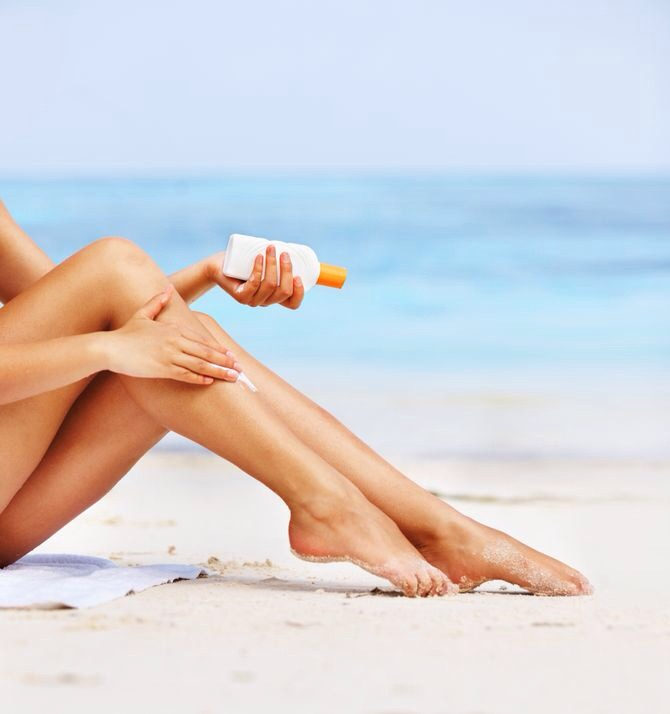 16. Reapply Your Sunscreen Your sunscreen doesn't last all day, it needs to be reapplied every 2 hours while you're in the sun or after swimming.