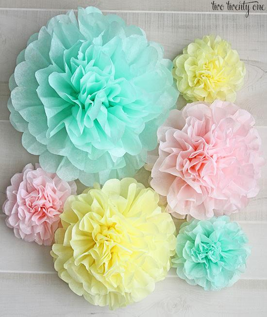 Wanna know how to make those DIY tissue paper pom poms, perfect for hanging over a crib or changing table? (Out of reach, of course!) Then visit Chelsea at 'Two Twenty One' for her easy step by step!