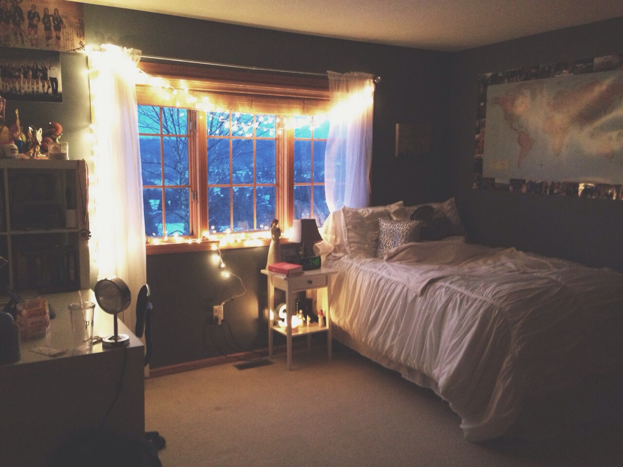 See... A simple room with Fairy lights can be extraordinary.