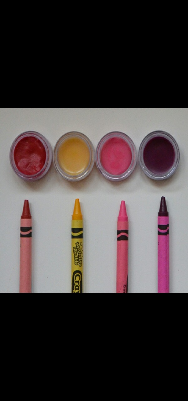 "This is ""How to make Crayon Lipstick""."