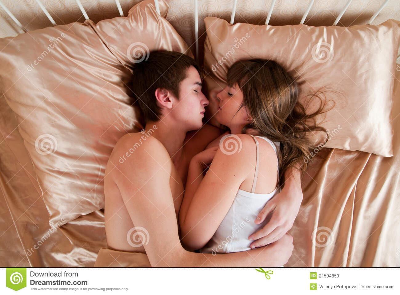 porno-molodenkoy-pari