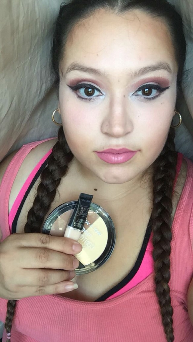 I used the wet n wild to contour and a wet n wild concealer