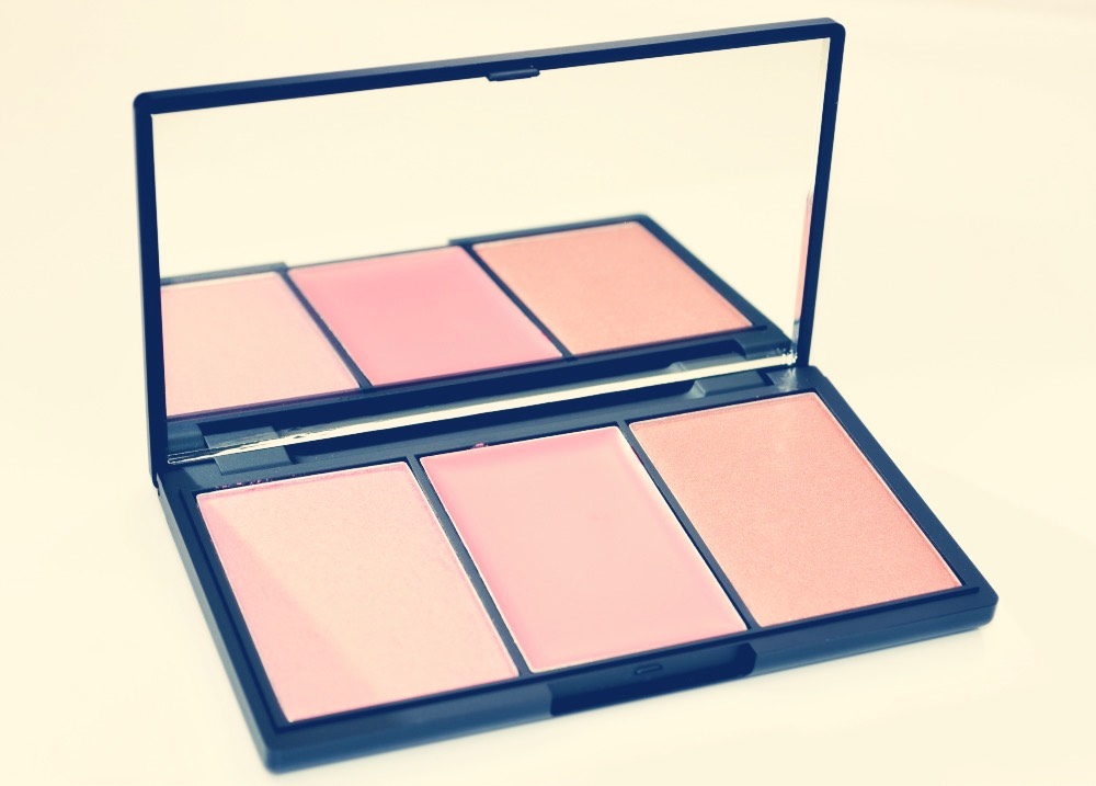 To add some colour to your checks apply a light blusher, I use a sleek blush by 3 palette and there are so good, so easy to blend! My palette is called pink lemonade and my favourite blusher in there is called pink mint. To apply the blusher I use the mua f6 brush
