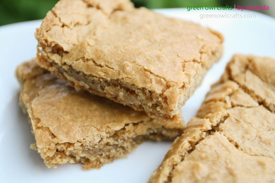 I am going to show you my amazingly yummy blonde brownie recipe