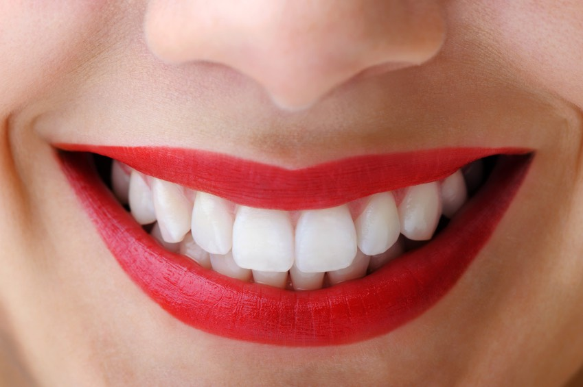 To get these lovely teeth then all you need is bicarbonate of soda and lemon or lime and your best tooth paste and don't forget your toothbrush :)