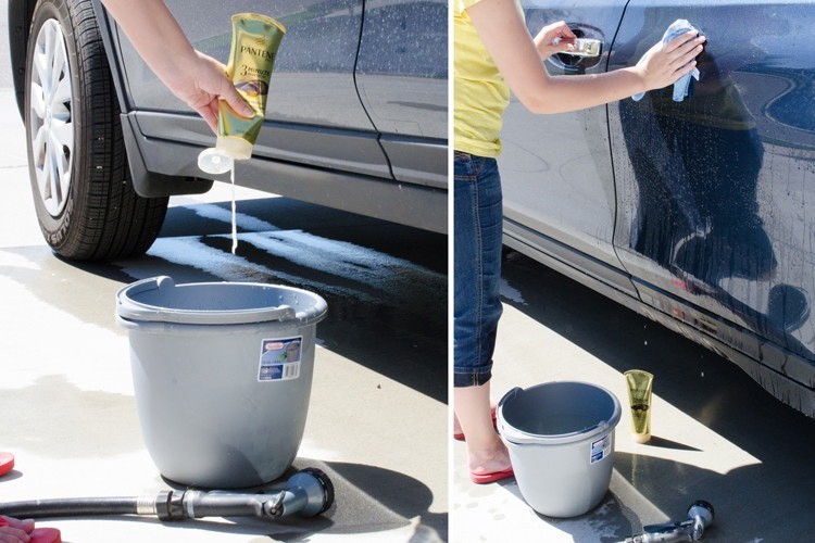 1. Wash your car with hair conditioner. Most hair conditioners contain lanolin, a type of wax, which will make your car shine.