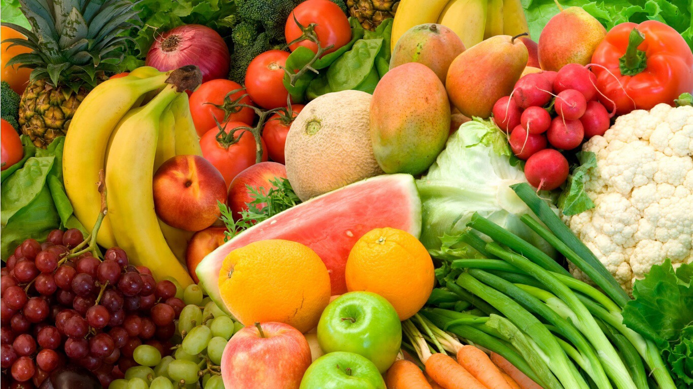 Eat plenty of vegetables. Complex carbs in vegetables are digested more slowly than the carbohydrates in pizza and bread.