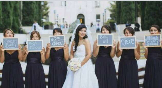 Such a cool bridal party photography idea! Each bridesmaid writes out on a chalkboard how she met the bride, and holds it up for the photo 😊