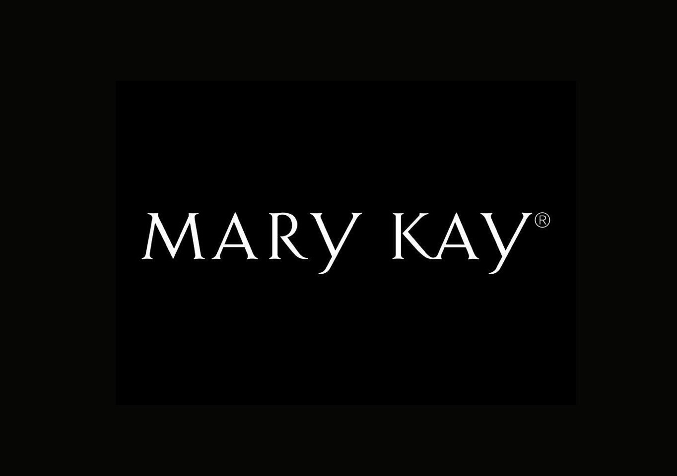 Mary Kay compony has THE BEST eye liner. I have looked and looked and all of the eye liner I have used this is what I suggest. If you want to order some just call this number (360)-305-4295 and ask for Shannon Bradford. I order all of my make up products from her an she is just a peach (: