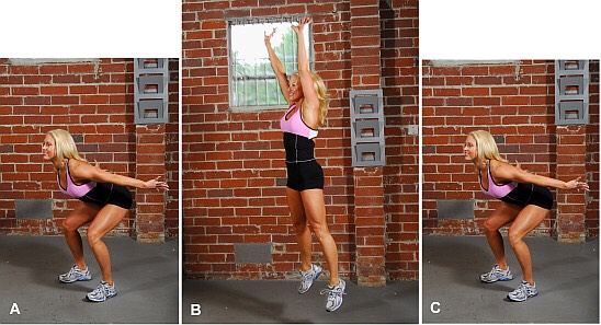 *plyometric squat jumps* Try doing 40 💪