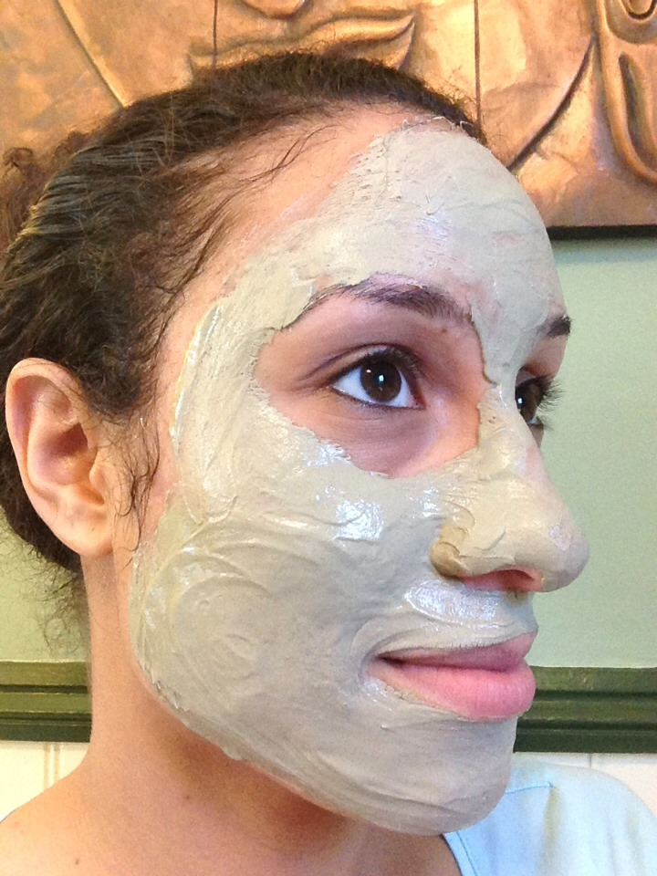 I leave the mask on for a few hours or just until it is dry. I find that the best way to remove the mask is to apply a warm face cloth to my face for few minutes. Then, I use the face cloth to gently wipe away the clay.