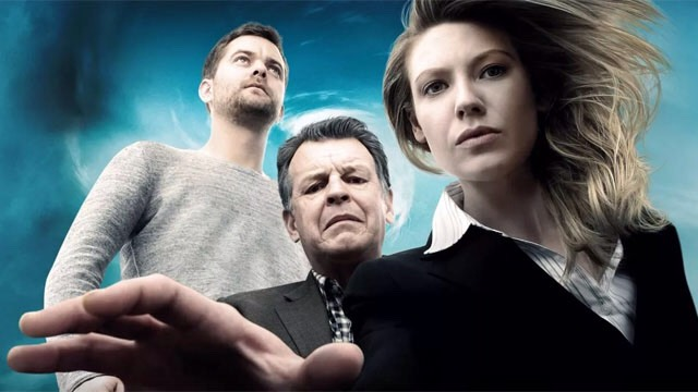 """""""FRINGE"""" Under-appreciated on FOX, """"Fringe"""" was the modern day """"X-Files"""" that created its own mythology & one of the most interesting depictions of an alternate Earth in recent memory.  """"Fringe"""" was a truly special series, &itdeserves to get the audience that it never had during its 5seasons."""