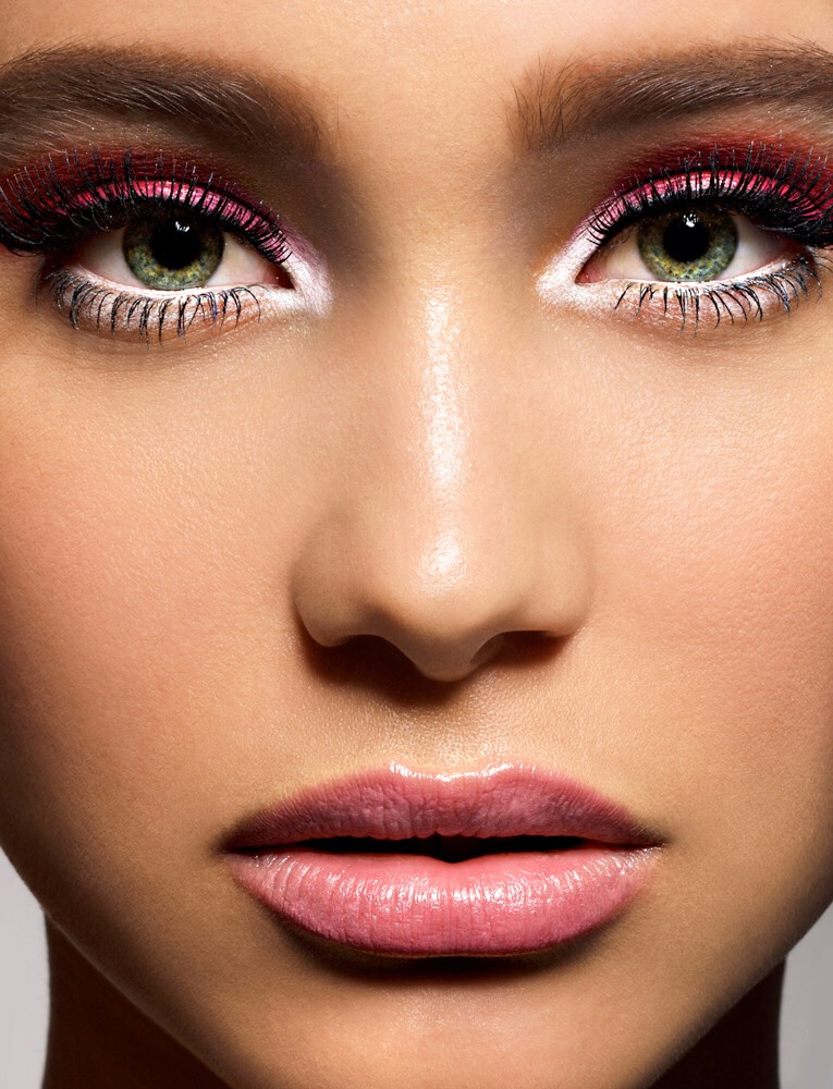What Color Eyeshadow Should I Wear With Green Eyes - The Best ...