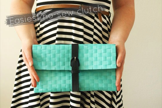 So adorable! Learn how to make the easiest no-sew clutch including step by step pictures. Pls tap each pic for full view.