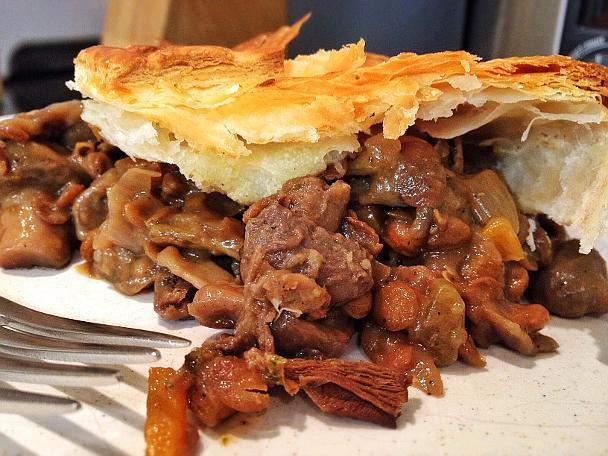 Vegan Mushroom and Lentil Pie - Serves 4-6