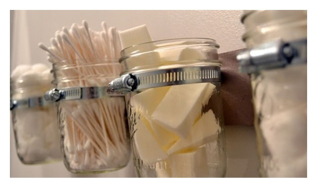ORGANIZER: keep your kitchen, bathroom, & any room in your home clean.