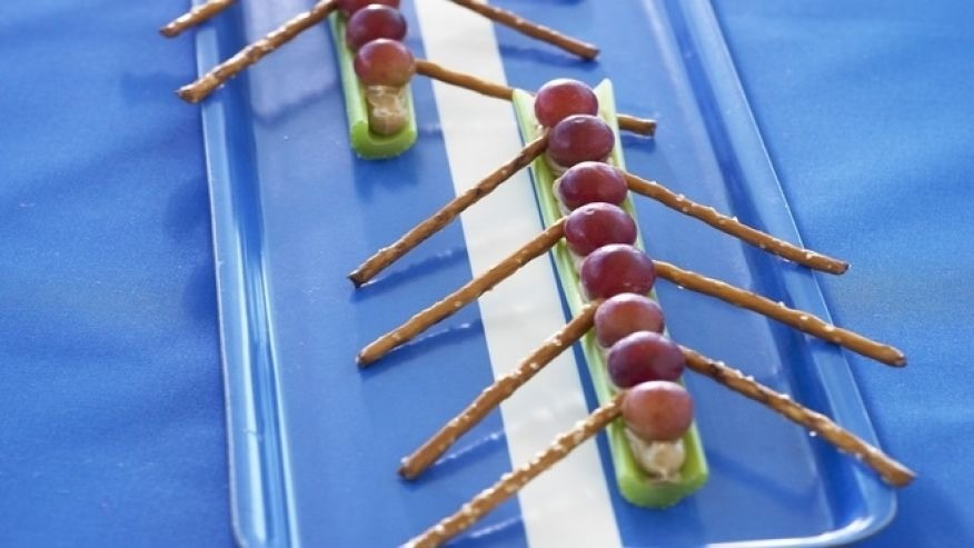 Make your canoe using celery, grapes, pretzels and what ever filling you would like on the celery