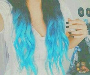 Super cute blue tips💁🏻