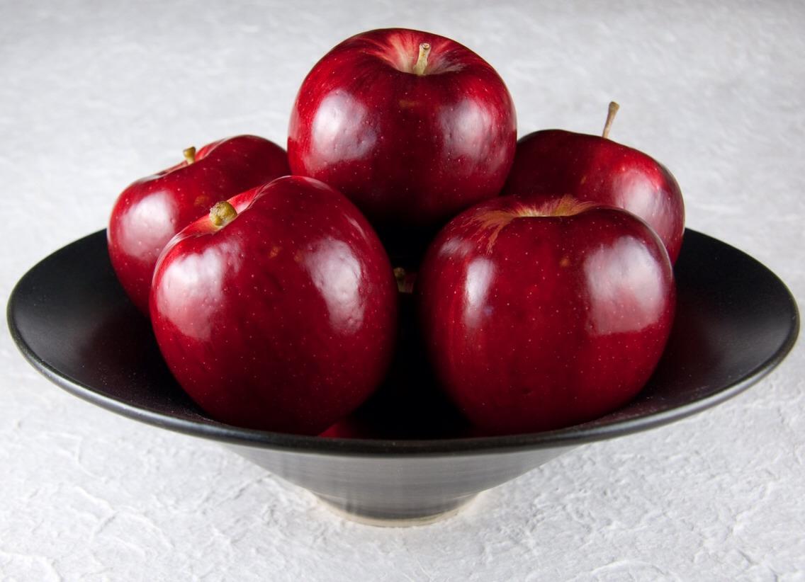 Pls like 👍👍if u enjoy your  apples 🍎🍎🍎🍎🍎🍎