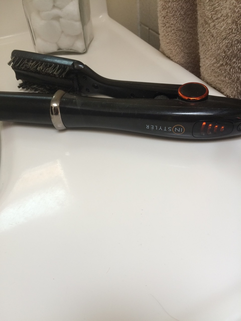 Plug in your instyler and let it heat up