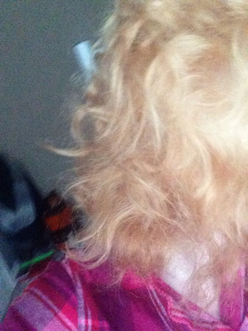 This is the colour I woke up with this morning so I decided to dye my hair again  and repeat the process again