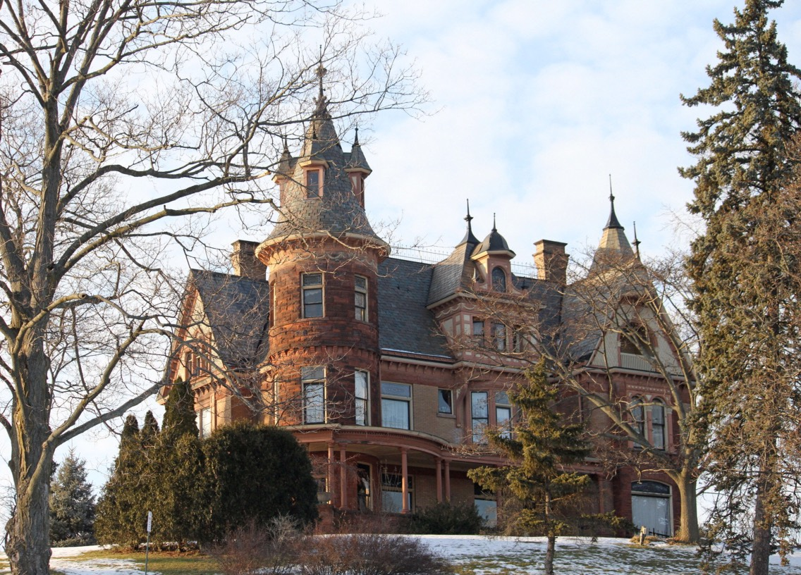 22.) Henderson Castle, Michigan This beautiful house was built in 1895 and is currently a bed and breakfast. Haunted by the original owners and a solider, as well as a little girl and a dog, many people report being tapped, having radios blare even when unplugged, and seeing apparitions