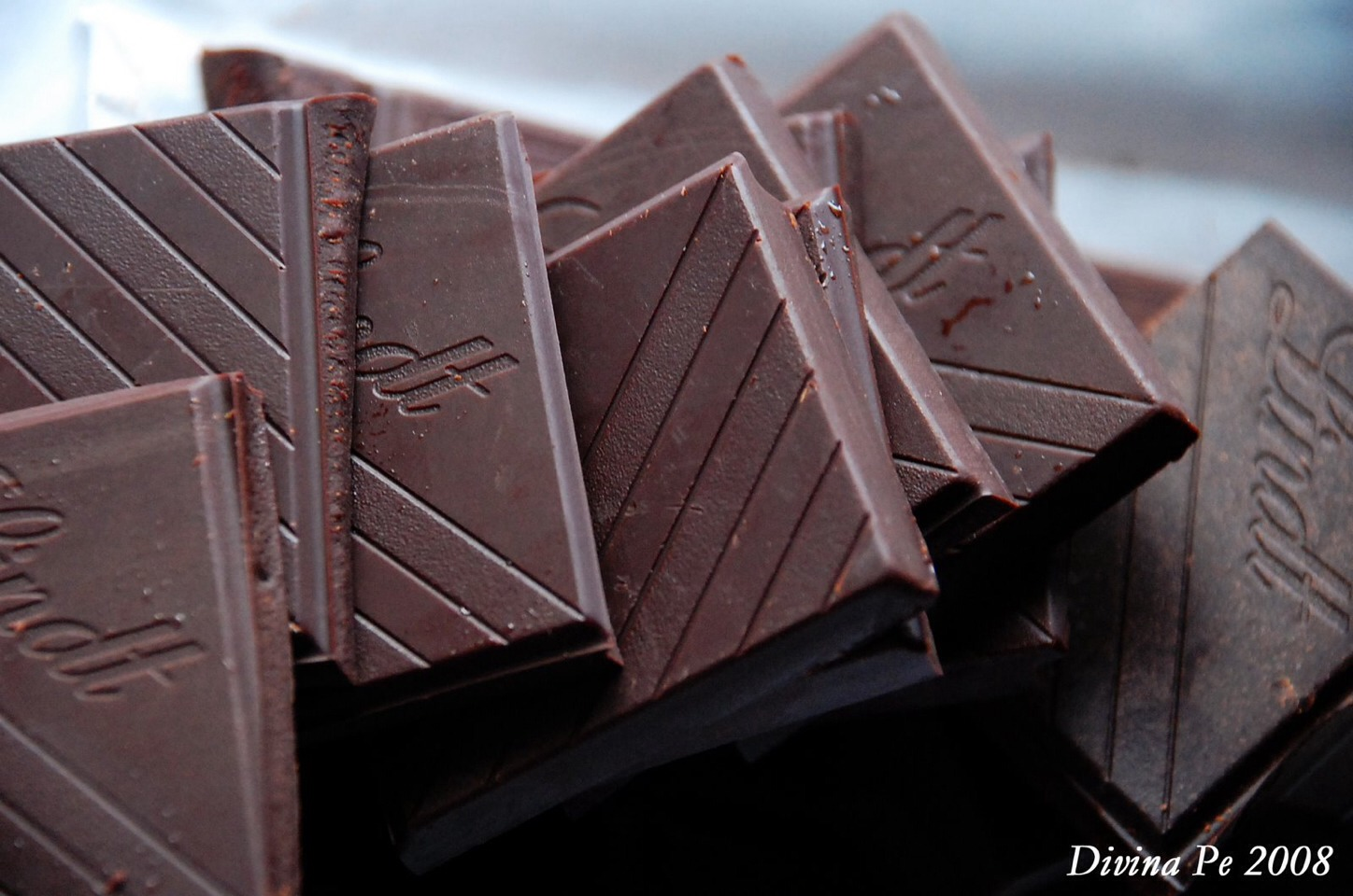 Dark Chocolate If you're craving chocolate, make sure it's over 70 per cent cocoa. This bittersweet treat will help you relax your muscles.
