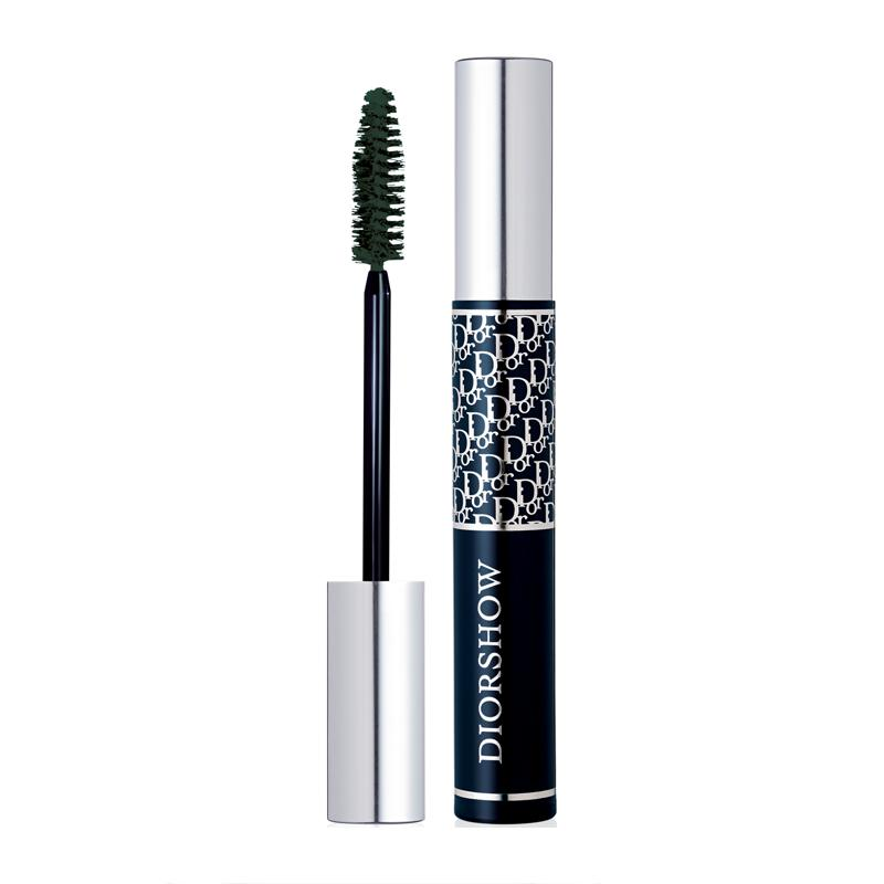14. Mascara  False lashes are flirty and sexy, but you risk them falling off at the most inopportune occasion. You're better off with long lasting non-clumpy mascara that, combined with a decent curler, will give you faux-faux lashes.