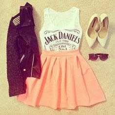 😘 Have cute clothes 😍