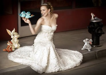 This would be an adorable idea for wedding pictures ! I absolutely love this