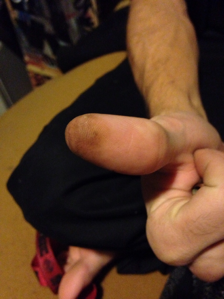Want to know a way not to burn your thumb while putting out the weed in your pipe?? 😋